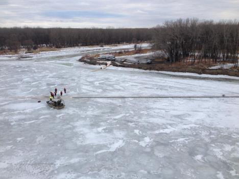 Cleanup crews try to contain oil from a pipeline spill in the Yellowstone River, near Glendive, Montana. Photo courtesy EPA.